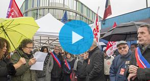 Retour en images sur la mobilisation à l'hôpital Henri-Mondor à Créteil contre le projet de transfert du service de chirurgie hépatique.