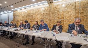 Tour à tour, dans les 7 départements d'Ile-de-France, les Présidents iront à la rencontre des usagers, des personnels et des acteurs du territoire.