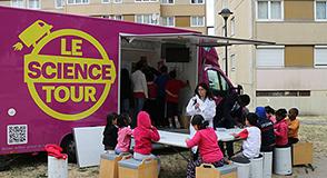 Expériences et jeux autour de la biodiversité… Le mercredi 27 juin le laboratoire mobile « Le Science Tour » débarque à Créteil!