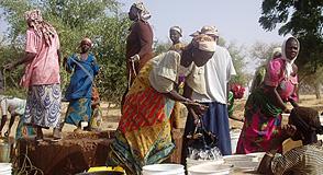 Samedi 13 octobre, le Département accueille une délégation du Sahel à Choisy-le-Roi: échanges sur la place de la jeunesse et des femmes au Sahel.