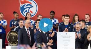 Mercredi 9 janvier, Emmanuel Macron était avec Christian Favier, des élus locaux et représentants du sport pour inaugurer la Maison du handball à Créteil.