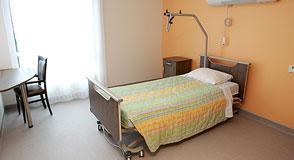 Le Président du Conseil départemental demande un moratoire sur la fermeture de 50% des lits de soin longue durée d'ici 2023.
