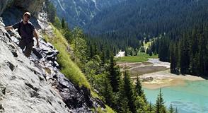 Pourquoi ne pas profiter de la montagne en été? Dépêchez-vous, il reste encore des places à Jean Franco du 29 juillet au 2 septembre prochains!